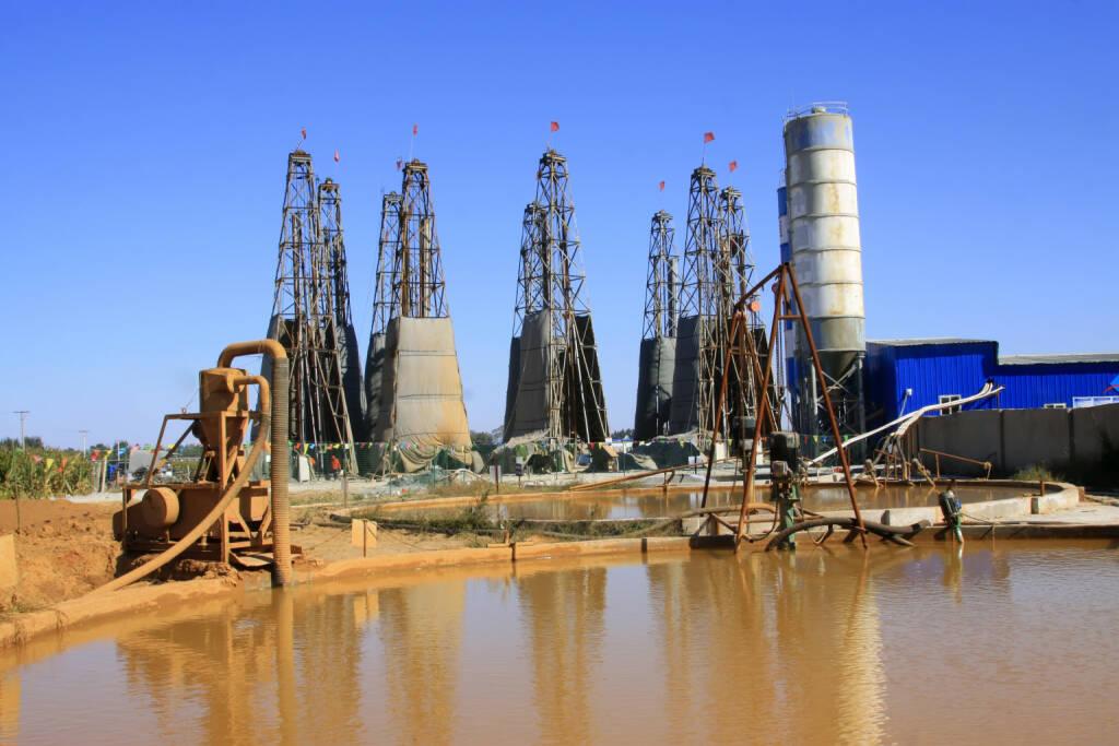 Drilling, Mine, Abbau, Erz <a href=http://www.shutterstock.com/gallery-1428302p1.html?cr=00&pl=edit-00>Yuangeng Zhang</a> / <a href=http://www.shutterstock.com/editorial?cr=00&pl=edit-00>Shutterstock.com</a>, © www.shutterstock.com (09.01.2015)