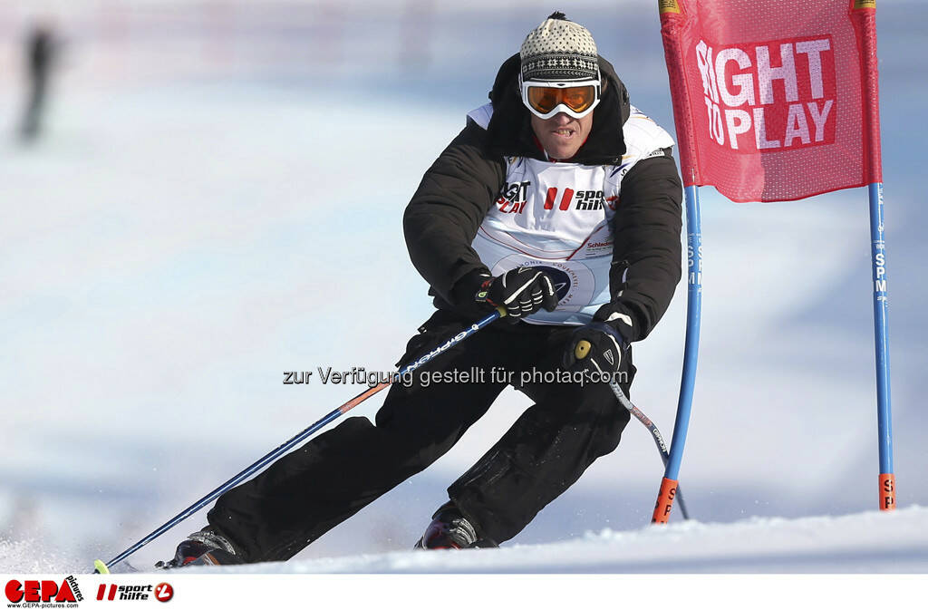 Emmanuel Couder (Team Ohlala). Foto: GEPA pictures/ Christian Walgram, © GEPA/Sporthilfe (10.02.2013)
