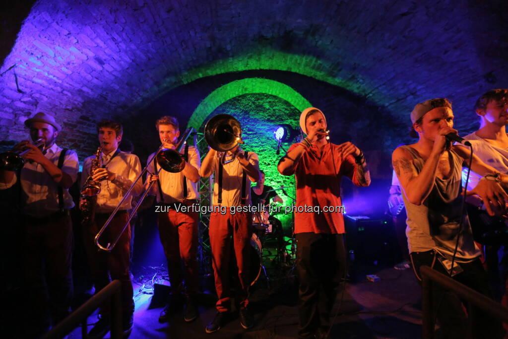 Brau Union Österreich AG: Österreichs größter Live Band Contest Local Heroes 2015: Mit Zipfer wartet ein Auftritt am FM4 Frequency auf die Gewinner, © Aussender (12.01.2015)