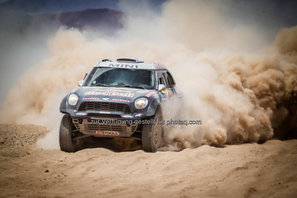 Mini feiert bei der Rallye Dakar 2015 weiteren Doppelsieg // Nasser Al-Attiyah hält Konkurrenz auf Distanz // Drei Mini All 4 Racing in der Gesamtwertung unter den ersten Fünf., © Aussendung (16.01.2015)