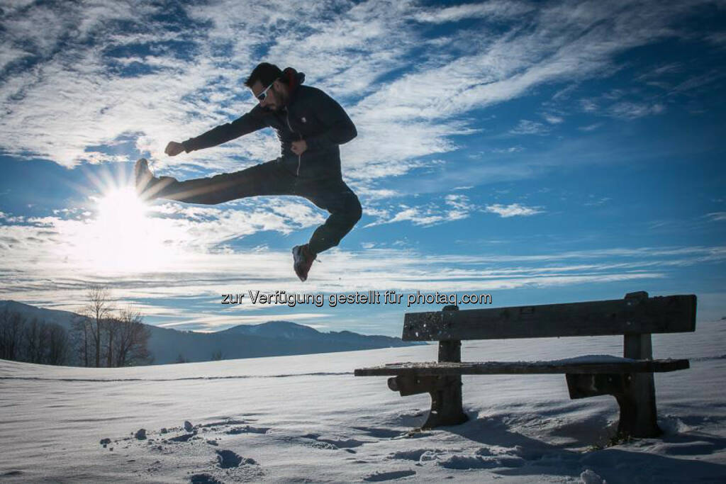 Georg Krewenka: kick off new week, http://www.sunshinemoments.at/, kick, Sprung, jump, &copy; Georg Krewenka, <a href=