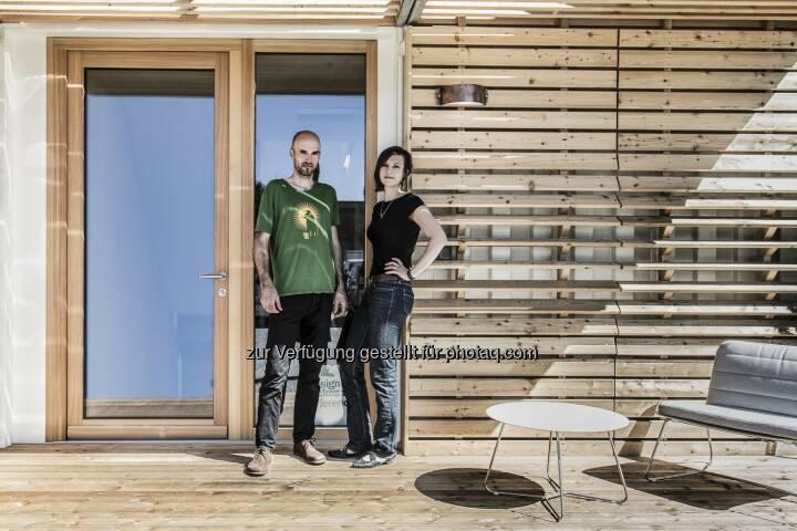 Das Grazer Start-Up Commod-Haus sammelte auf der Crowdinvesting-Plattform Green Rocket in nur 50 Minuten 20.550 Euro, in 2h 45min wurde die Funding-Schwelle von 25.000 Euro überschritten. Mittlerweile konnten 33.350 Euro gesammelt werden (Stand: 20.01.2015, 11.30 Uhr), das Fundinglimit liegt bei 150.000 Euro. Zwei Monate lang kann noch investiert werden. (Bild: Tamara Frisch/ Commod-Haus)