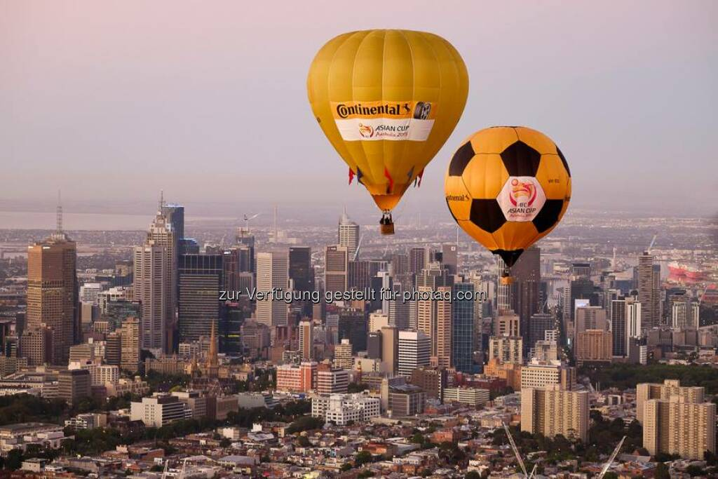 NEWS // #Continental in schwindeligen Höhen. Gesehen beim AFC Asien Cup 2015.  Source: http://facebook.com/Continental.Reifen, © Aussendung (21.01.2015)