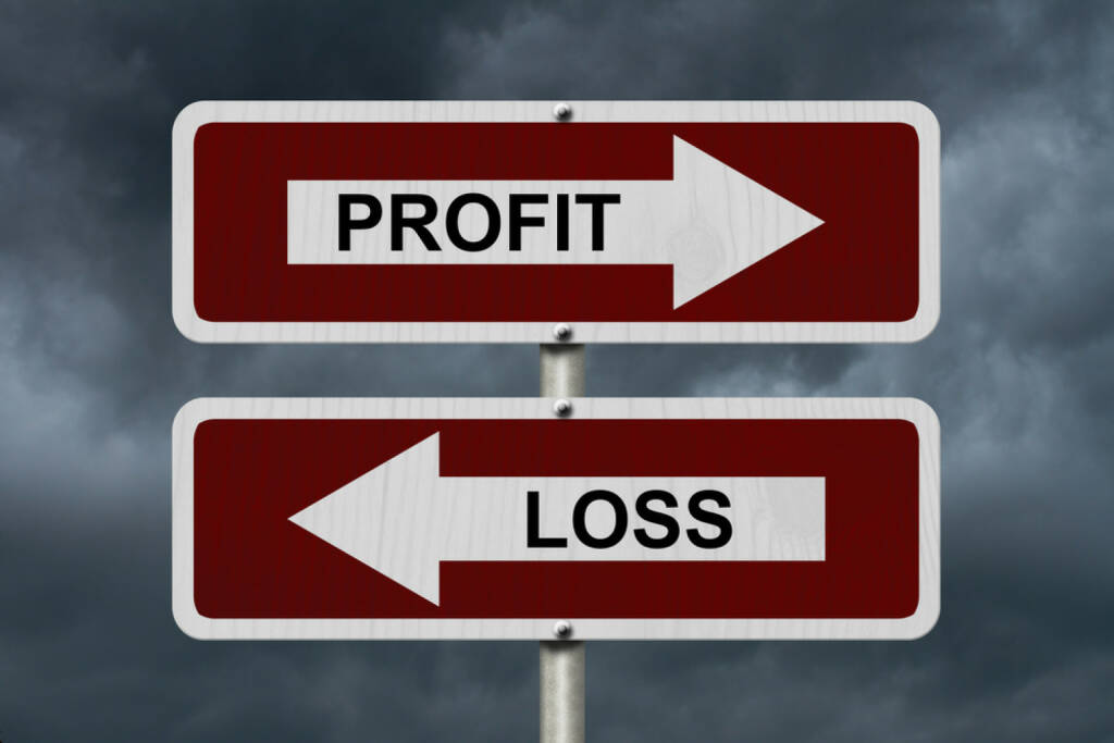 Gegenteil, Gewinn, Verlust, Profit, Loss, http://www.shutterstock.com/de/pic-246452491/stock-photo-profit-versus-loss-red-and-white-street-signs-with-words-profit-and-loss-with-stormy-sky-background.html, © www.shutterstock.com (25.01.2015)
