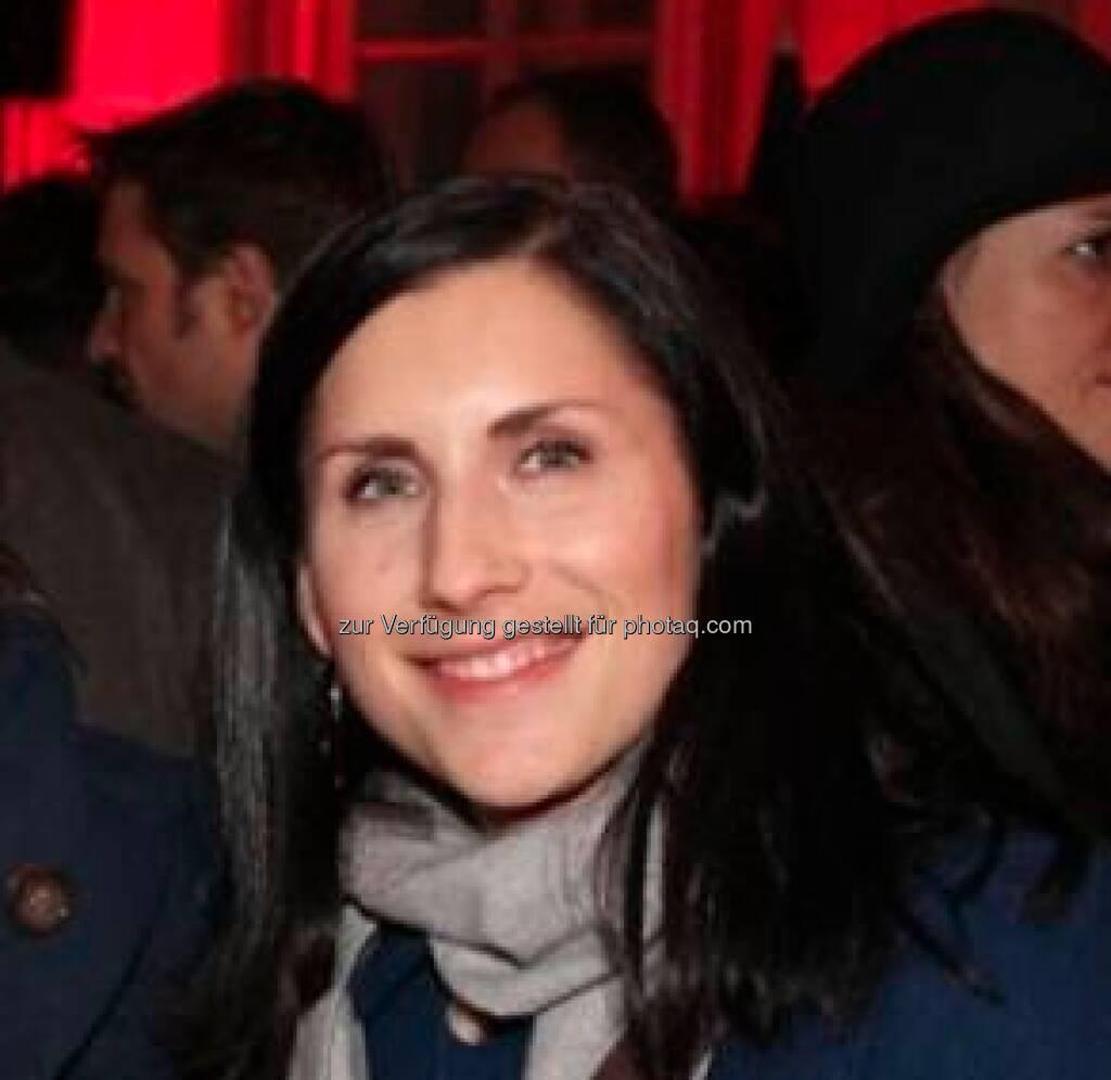 Marlene Binder verabschiedet sich nach mehr als fünf Jahren als Generalsekretärin der C.I.R.A. Nun werde ich mich neuen Herausforderungen stellen und als Communication Manager mein Wissen sowie meine Erfahrungen für eine NGO in Wien einsetzen. Das Bild stammt aus http://finanzmarktfoto.at/page/index/99 (12.02.2013)