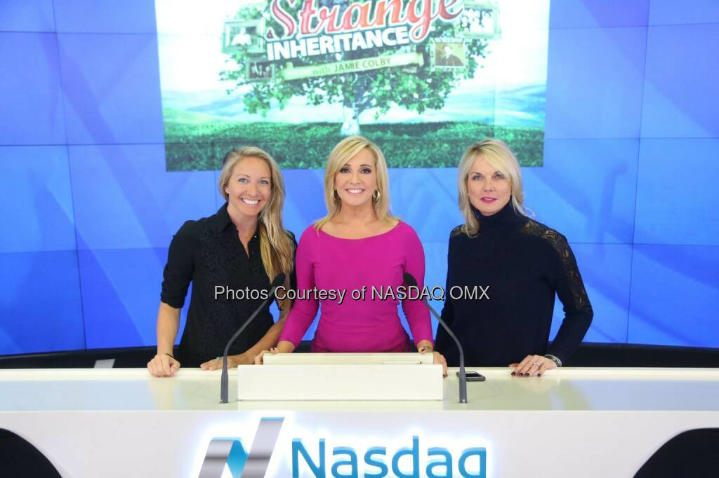 Fox Business' Strange Inheritance with @JamieColbyTV rings the @Nasdaq Closing Bell! $FOXA @StrangeFBN @FoxBusiness  Source: http://facebook.com/NASDAQ (27.01.2015)