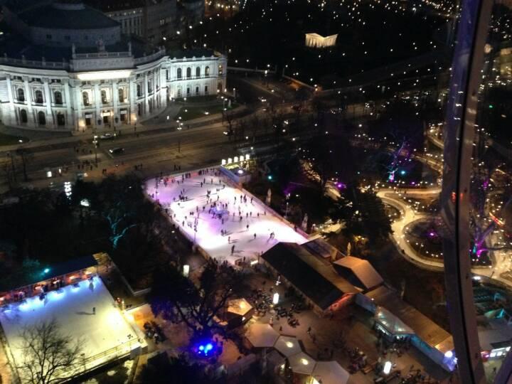 Wien Rathausplatz Burgtheater