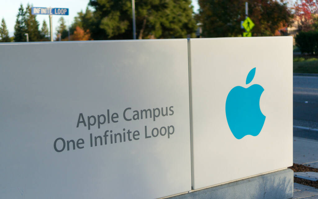Apple headquarters, Infinite loop, Cupertino <a href=http://www.shutterstock.com/gallery-2633281p1.html?cr=00&pl=edit-00>Asif Islam</a> / <a href=http://www.shutterstock.com/editorial?cr=00&pl=edit-00>Shutterstock.com</a>, © www.shutterstock.com (30.01.2015)