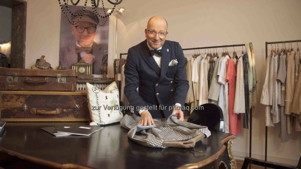 Thomas Rath: Hapag-Lloyd Kreuzfahrten GmbH: Neues Reiseformat fashion2sea auf MS Europa 2: 2015 mit Designer Thomas Rath an Bord, © Aussender (03.02.2015)