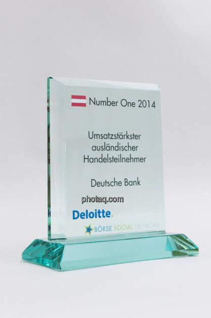 Umsatzstärkster ausländischer Handelsteilnehmer: Deutsche Bank, © photaq/Martina Draper (03.02.2015)