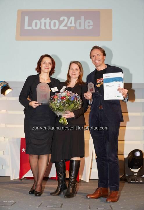 Petra von Strombeck (Vorstandsvorsitzen de Lotto24), Petra Stangier, Magnus von Zitzewitz (Vorstand): Lotto24 erhält Gütesiegel »Hamburgs beste Arbeitgeber«