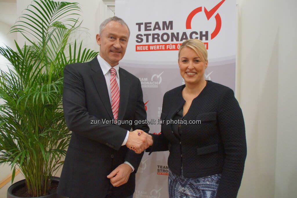 Team Stronach für NÖ Obfrau Renate Heiser-Fischer begrüßt den neuen stv. Bundesobmann des Team Stronach für Österreich, Wolfgang Auer (06.02.2015)