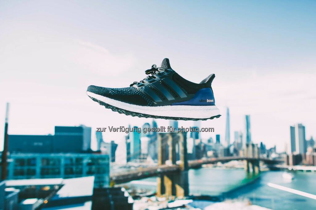 Welcome to NBA All-Star 2015 in NYC. adidas is taking over the city to bring you the best of the brand and NYC through the lens of the city's most creative eyes. Stay tuned here and follow adidas Basketball and adidas Originals for more. #UltraBoost  Source: http://facebook.com/adidas, © Aussendung (12.02.2015)