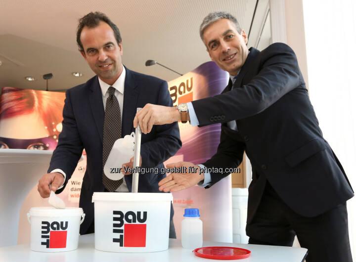 Robert Schmit, Geschäftsführer der Baumit Beteiligungen GmbH und Georg Bursik, Geschäftsführer der Wopfinger Baustoffindustrie GmbH präsentierten Innovationen auf der Bauen&Energie Messe 2015 in Wien.