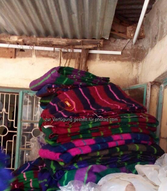 Run2gether, Decken, Blankets for Kiambogo families, © Thomas Kratky (13.02.2015)