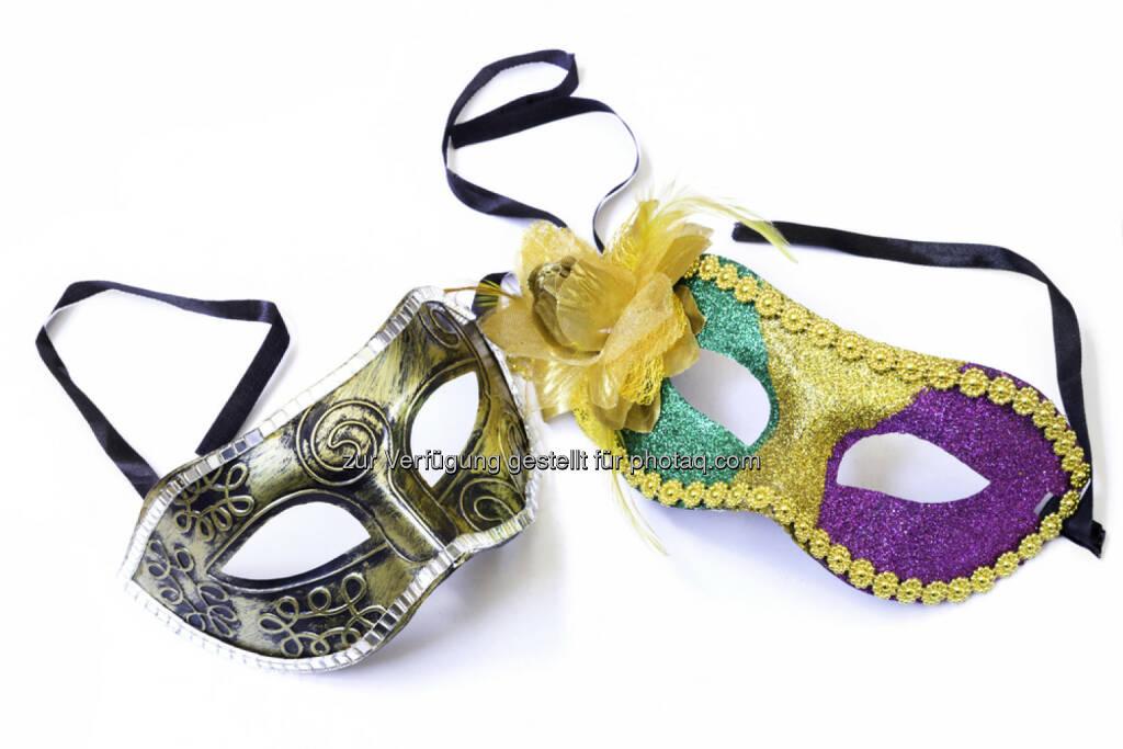Maske, Verkleidung, verkleiden, verstecken, verdecken, Falschspiel, http://www.shutterstock.com/de/pic-252539134/stock-photo-carnaval-mask-isolated-on-white.html (17.02.2015)