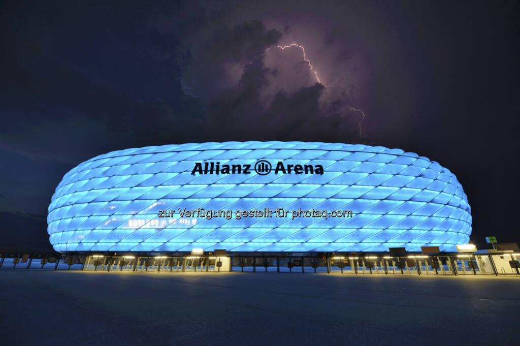 Allianz Arena, München, Deutschland, <a href=http://www.shutterstock.com/gallery-1706938p1.html?cr=00&pl=edit-00>Yuri Turkov</a> / <a href=http://www.shutterstock.com/editorial?cr=00&pl=edit-00>Shutterstock.com</a>, Yuri Turkov / Shutterstock.com, © www.shutterstock.com (18.02.2015)