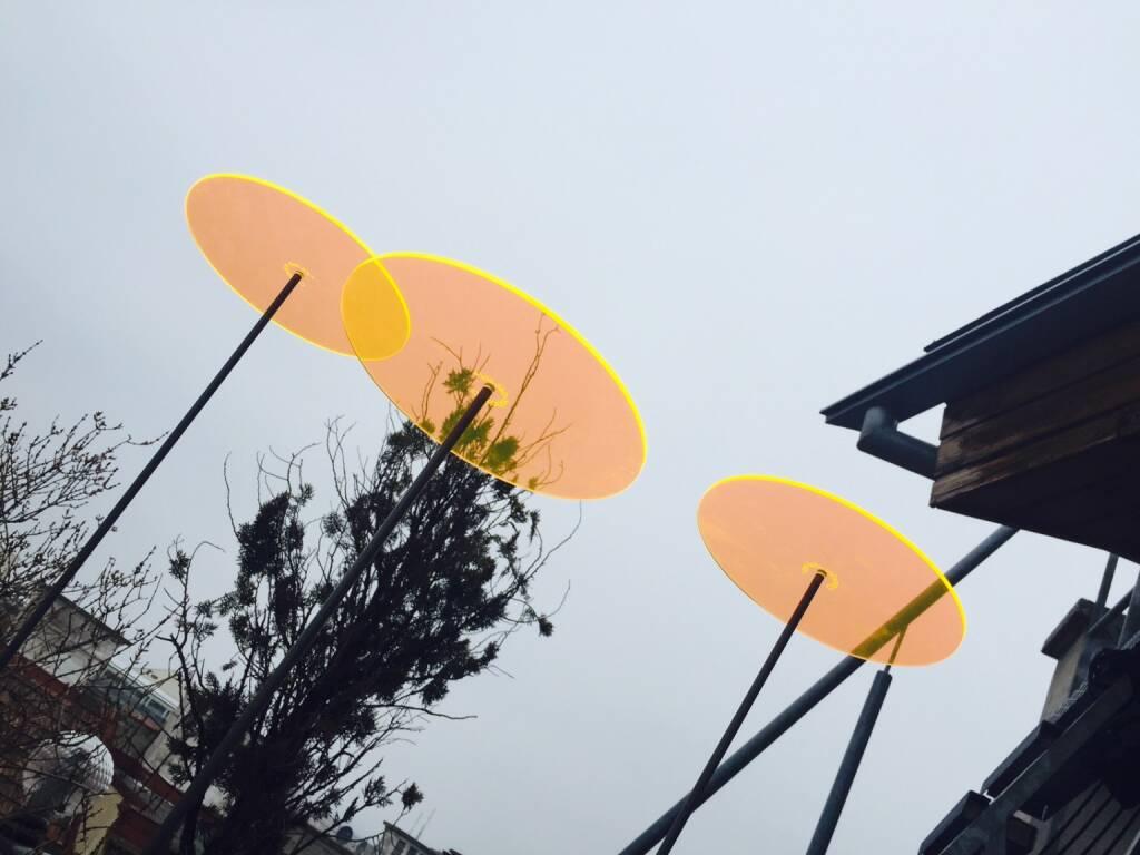 Runplugged Ufo auf der Terrasse gelandet, © Diverse  (19.02.2015)