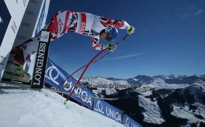 In Vail hat's für Matthias ganz knapp nicht für eine Medaille gereicht. Darum wünschen wir ihm heute bei der Abfahrt um 11:30 Uhr in Saalbach, dass er ein paar Hundertstel schneller ist als die Konkurrenz.  Source: http://facebook.com/uniqa.at