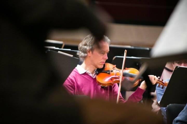 Symphoniker Geige -  http://www.martina-draper.at/tag/symphoniker#bild_17071