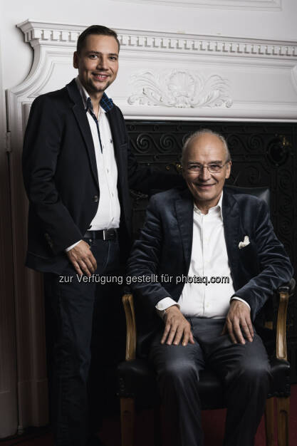 Hans Staud mit Gerhard Gradinger (C) Manuel Tauber-Romieri, © Puls 4 (24.02.2015)