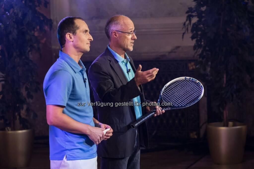 Toni Innauer unterstützt Michael Hoffmann bei Challenge me (C) Manuel Tauber-Romieri, © Puls 4 (24.02.2015)