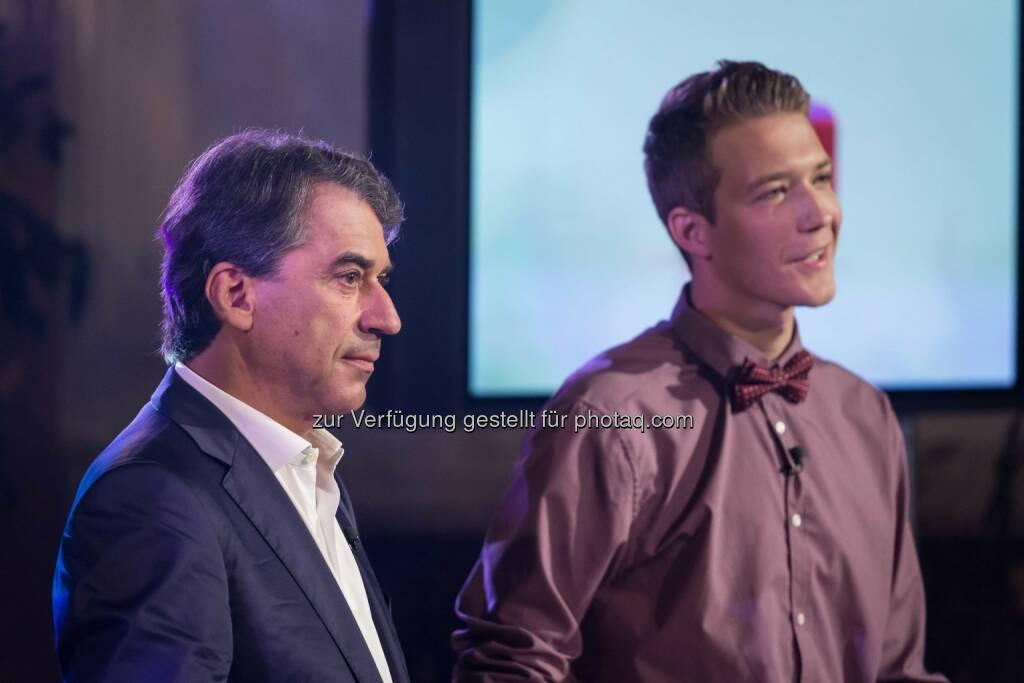 Thomas Kozlowski mit Stefan Pierer bei der Präsentation von Timelack (C) Manuel Tauber-Romieri, © Puls 4 (24.02.2015)