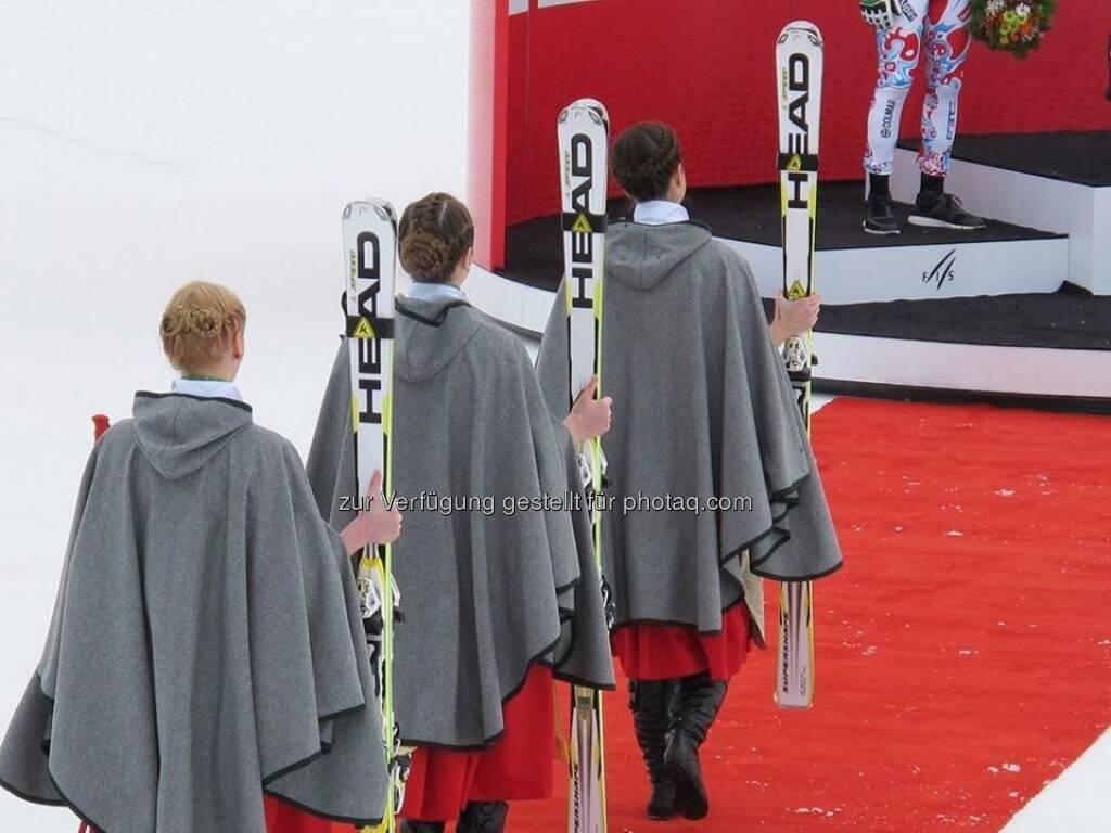 Ted Ligety: Krönung von Papst Ted I. (der Bildtext stammt von Rupert-Heinrich Staller, der uns auch die Fotorechte (c) Head zusicherte) ... ein grossartiges Bild (15.02.2013)