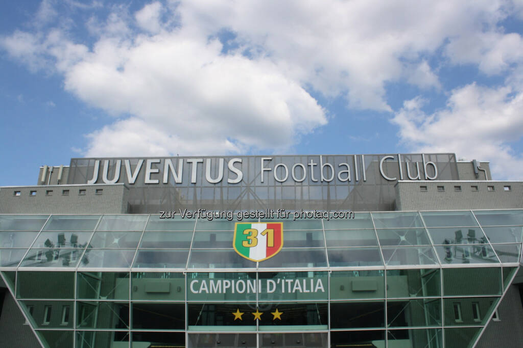 Juventus Turin, Fussball, Stadion, Italien, <a href=http://www.shutterstock.com/gallery-561616p1.html?cr=00&pl=edit-00>Pix4Pix</a> / <a href=http://www.shutterstock.com/editorial?cr=00&pl=edit-00>Shutterstock.com</a>, Pix4Pix / Shutterstock.com, © www.shutterstock.com (25.02.2015)