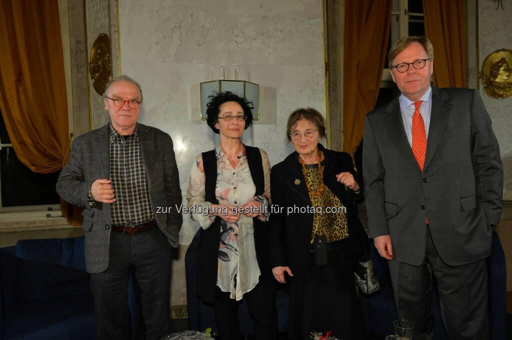Schriftsteller Michael Köhlmeier, Philosophin Isolde Charim, Philosophin Ágnes Heller, Bank Austria Vorstandsvorsitzender Willibald Cernko, © leisure.at/Oreste Schaller (25.02.2015)