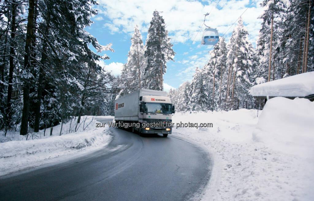 Schenker & CO AG: Ski-Weltcup in Bansko/Bulgarien: DB Schenker unterstützt Ski-Damen als offizieller Logistikpartner, © Aussendung (26.02.2015)