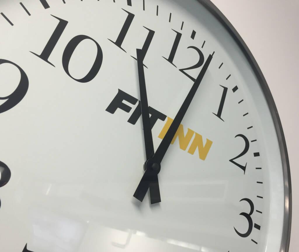 Uhr Zeit, © diverse Handypics mit freundlicher Genehmigung von photaq.com-Freunden (05.03.2015)