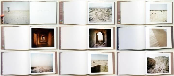 Paul Seawright - Hidden, Imperial War Museum 2003, Beispielseiten, sample spreads - http://josefchladek.com/book/paul_seawright_-_hidden