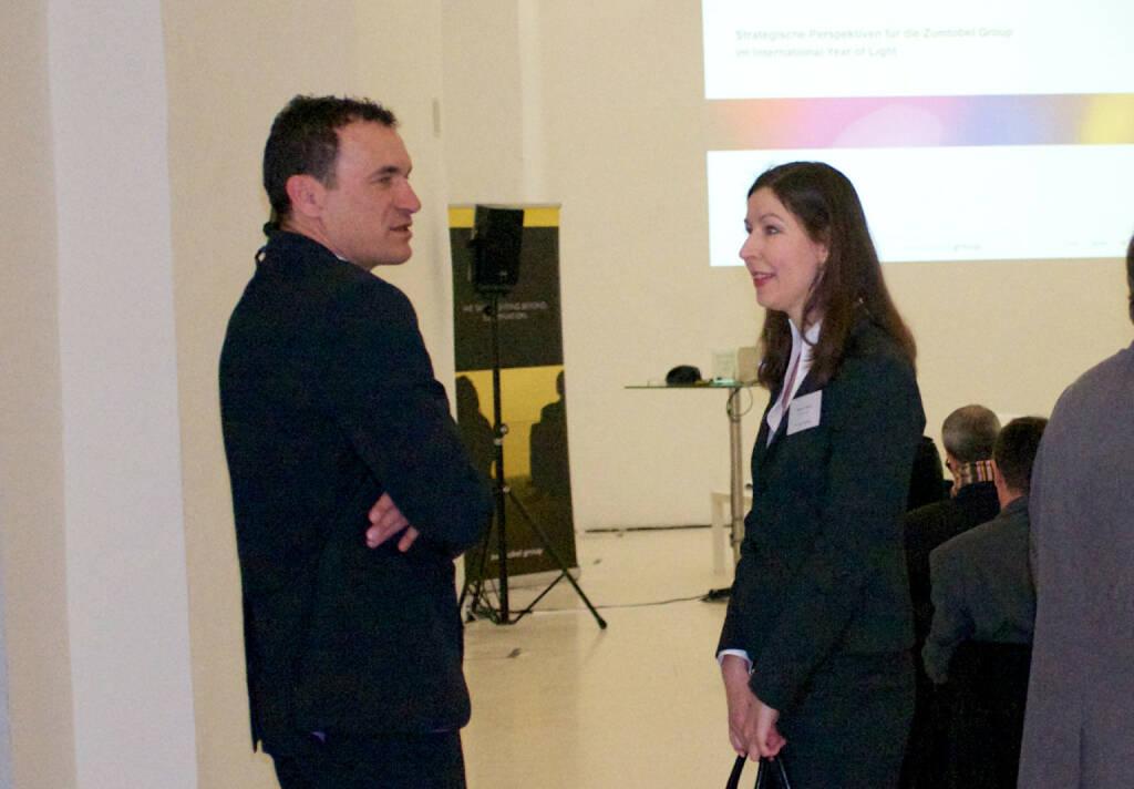 Harald Albrecht (Zumtobel), Martina Valenta (Erste Group), © (photaq.com bzw. Zumtobel) (10.03.2015)