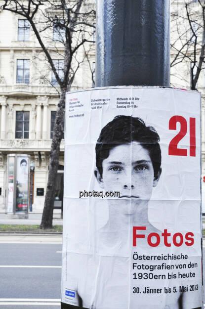 21er Haus - Fotos Österreichische Fotografien 1930er bis heute - Plakat (Bild: aus dem Zyklus Knabenporträts  von Bernhard Fuchs) (17.02.2013)