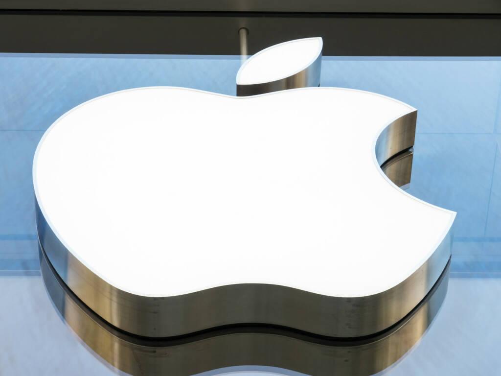 Apple, Logo <a href=http://www.shutterstock.com/gallery-1314898p1.html?cr=00&pl=edit-00>FooTToo</a> / <a href=http://www.shutterstock.com/editorial?cr=00&pl=edit-00>Shutterstock.com</a>, © www.shutterstock.com (11.03.2015)