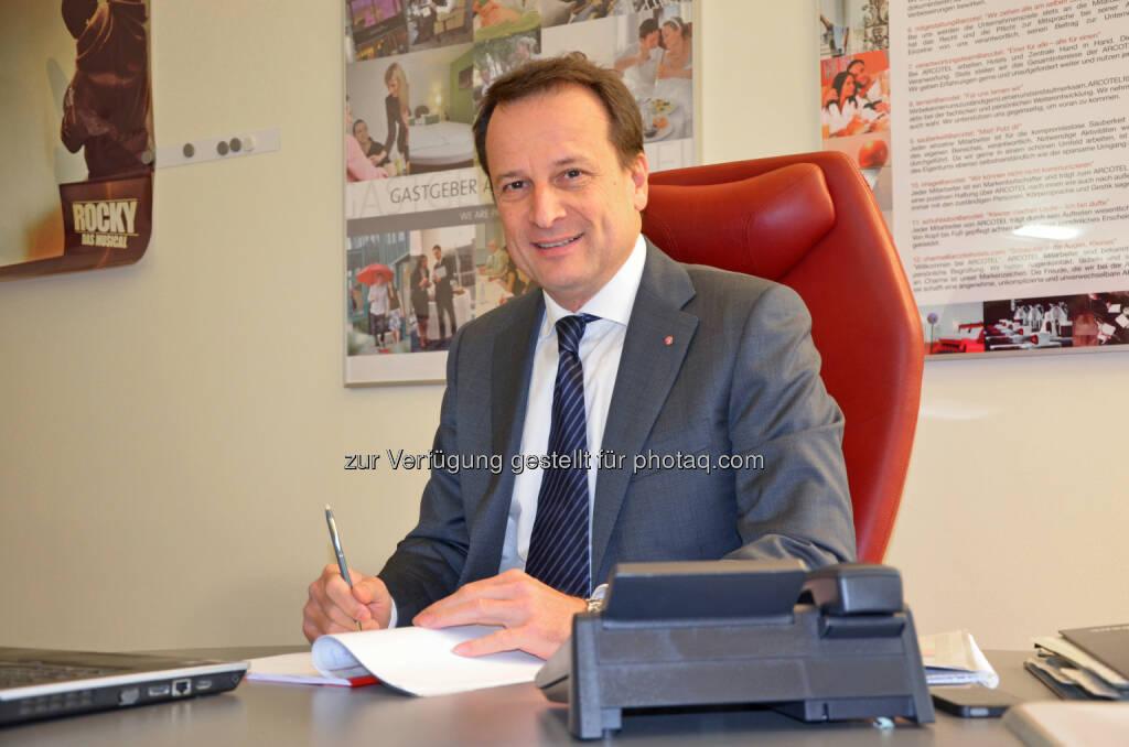 Martin Lachout, Vorstand Arcotel Hotel AG: Mehrwertsteuererhöhung auf Hotelnächtigungen hat folgenschwere Konsequenzen auf Arbeitsplätze und Wettbewerbsposition, © Aussender (13.03.2015)