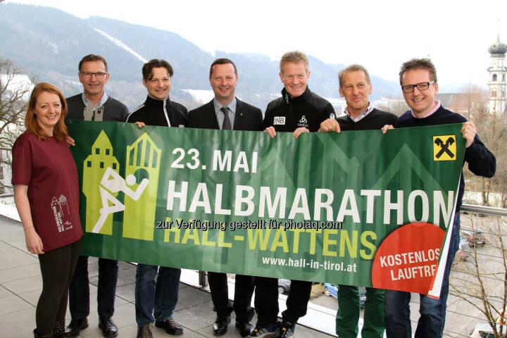 Caroline Schneider, Willi Greuter, Michael Gsaller, Erich Plank, Othmar Peer, Heinz Lutz, Martin Krämer: Stadtmarketing Hall in Tirol: Vorbereitungen für den 9. Raiffeisen Halbmarathon Hall-Wattens (23. 5. 2015)