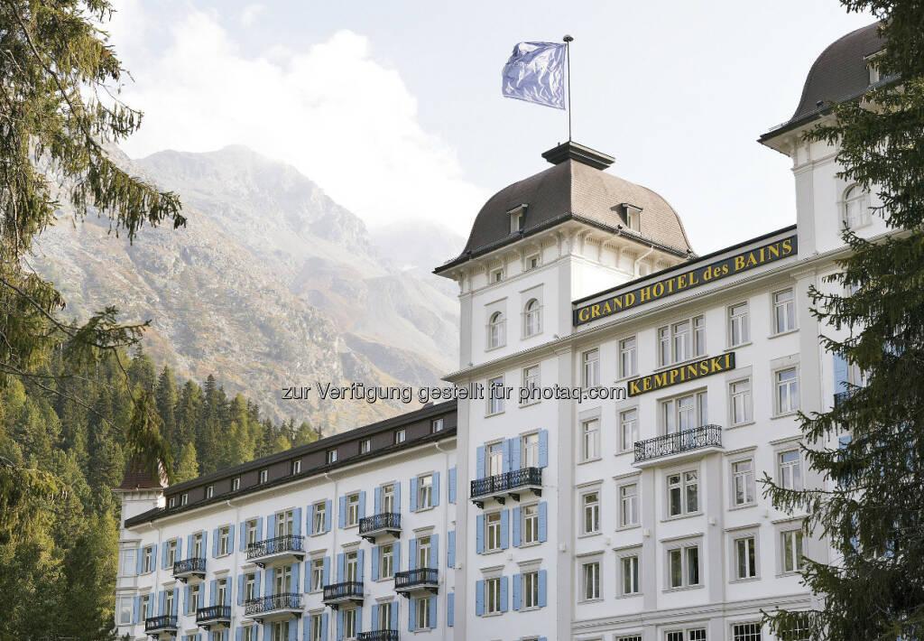 Bild 2: Die Immofinanz Group hat einen Kaufvertrag über 100% der Anteile an der Schweizer Les Bains de St. Moritz Holding AG, Eigentümerin des Kempinski Grand Hotel des Bains, unterzeichnet und zieht sich damit weiter aus dem nicht zum Kerngeschäft zählenden Hotelbereich zurück. Käufer ist ein internationaler Investor, die Transaktion erfolgte über Buchwert. Das Closing findet voraussichtlich im März 2013 statt, über weitere Details wurde Stillschweigen vereinbart (c) Immofinanz (18.02.2013)