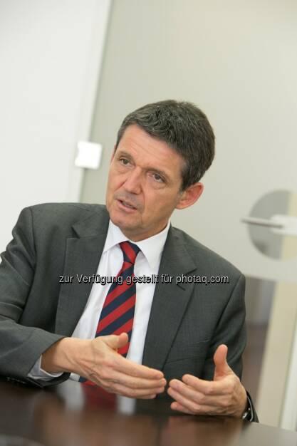 Acredia Vorstand Helmut Altenburger: Acredia Versicherung AG legt erste Bilanz nach Fusion, © Aussender (17.03.2015)