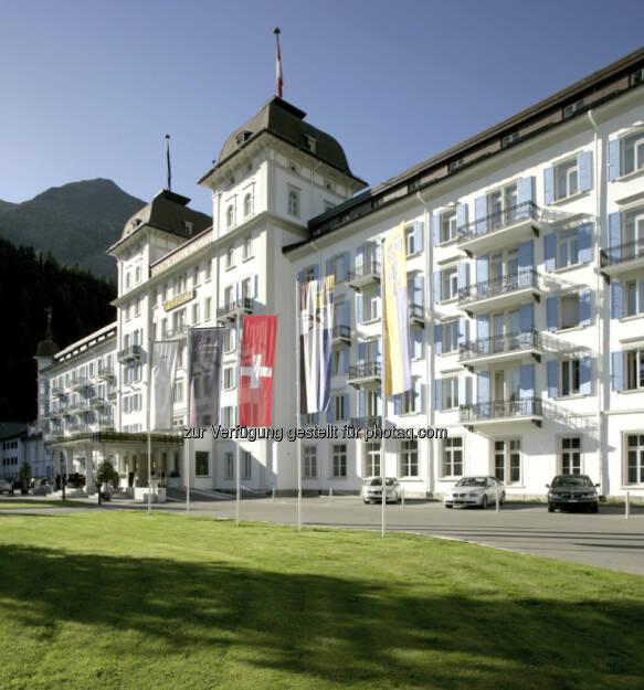 Bild 3: Die Immofinanz Group hat einen Kaufvertrag über 100% der Anteile an der Schweizer Les Bains de St. Moritz Holding AG, Eigentümerin des Kempinski Grand Hotel des Bains, unterzeichnet und zieht sich damit weiter aus dem nicht zum Kerngeschäft zählenden Hotelbereich zurück. Käufer ist ein internationaler Investor, die Transaktion erfolgte über Buchwert. Das Closing findet voraussichtlich im März 2013 statt, über weitere Details wurde Stillschweigen vereinbart (c) Immofinanz (18.02.2013)