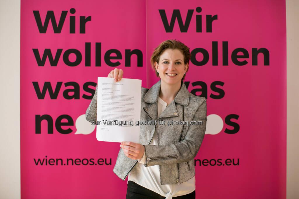 """Beate Meinl-Reisinger lädt Stadtregierung zur """"Gratis-Nachhilfe"""" in Bildungsfragen ein. (24.03.2015)"""