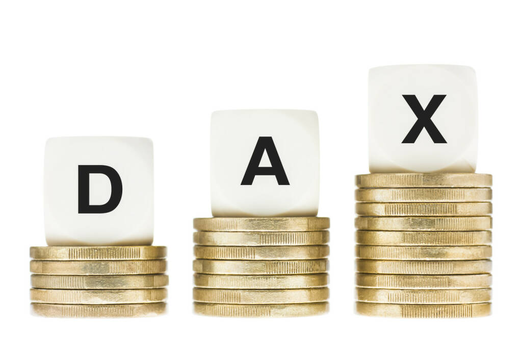 DAX, Deutsche Börse, Index http://www.shutterstock.com/pic-155921465/stock-photo-dax-frankfurt-stock-exchange-share-index-on-gold-coin-stacks-isolated-on-white.html, © www.shutterstock.com (24.03.2015)