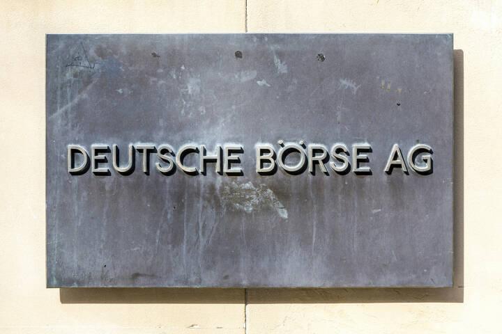 Deutsche Börse AG <a href=http://www.shutterstock.com/gallery-404404p1.html?cr=00&pl=edit-00>Jorg Hackemann</a> / <a href=http://www.shutterstock.com/editorial?cr=00&pl=edit-00>Shutterstock.com</a>