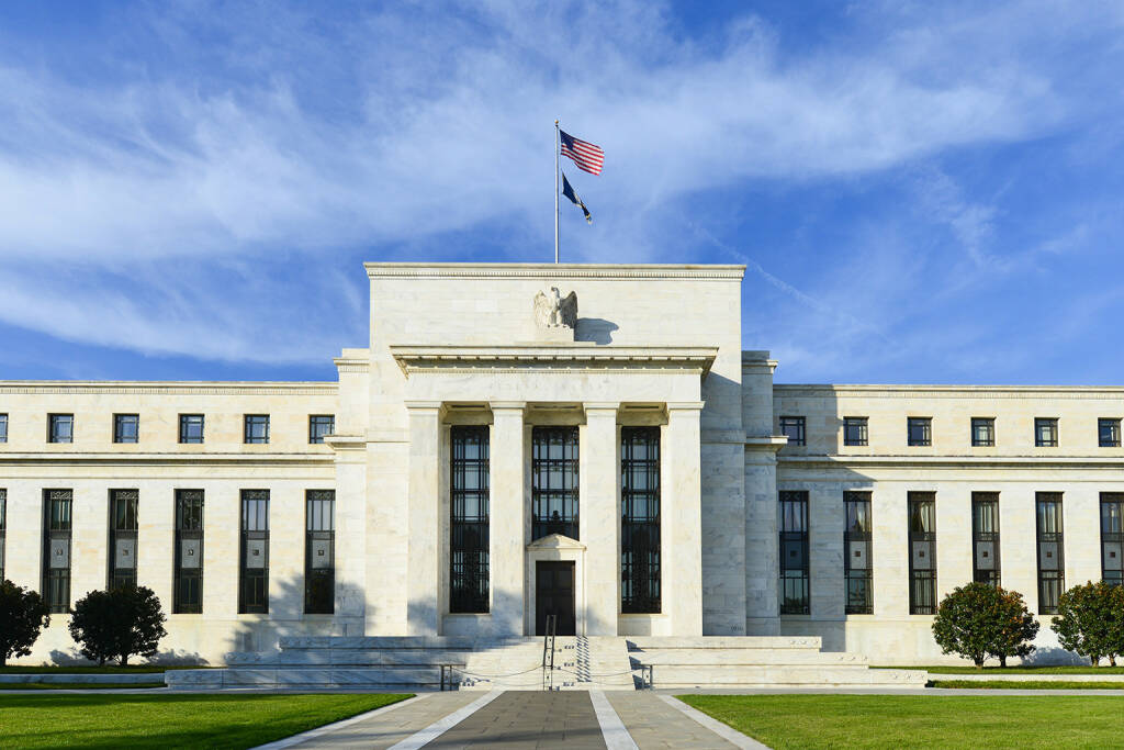 Federal Reserve Building, FED, Washington DC, USA http://www.shutterstock.com/de/pic-160884488/stock-photo-federal-reserve-building-in-washington-dc-united-states.html, © www.shutterstock.com (25.03.2015)