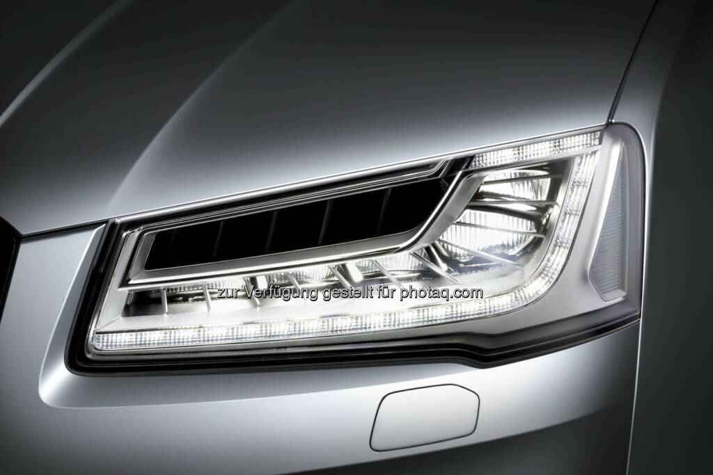 Hella - Matrix LED headlamps with glare-free high beam in an Audi A8 (Photo: HELLA), © Aussender (26.03.2015)