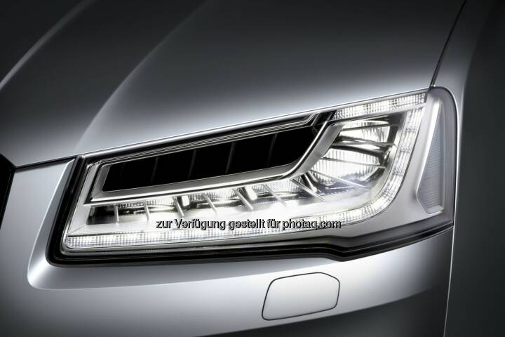 Hella - Matrix LED headlamps with glare-free high beam in an Audi A8 (Photo: HELLA)