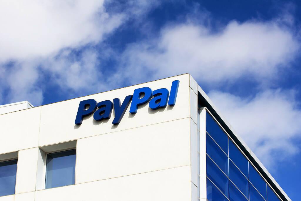 PayPal Logo <a href=http://www.shutterstock.com/gallery-931246p1.html?cr=00&pl=edit-00>Ken Wolter</a> / <a href=http://www.shutterstock.com/editorial?cr=00&pl=edit-00>Shutterstock.com</a>, © www.shutterstock.com (27.03.2015)
