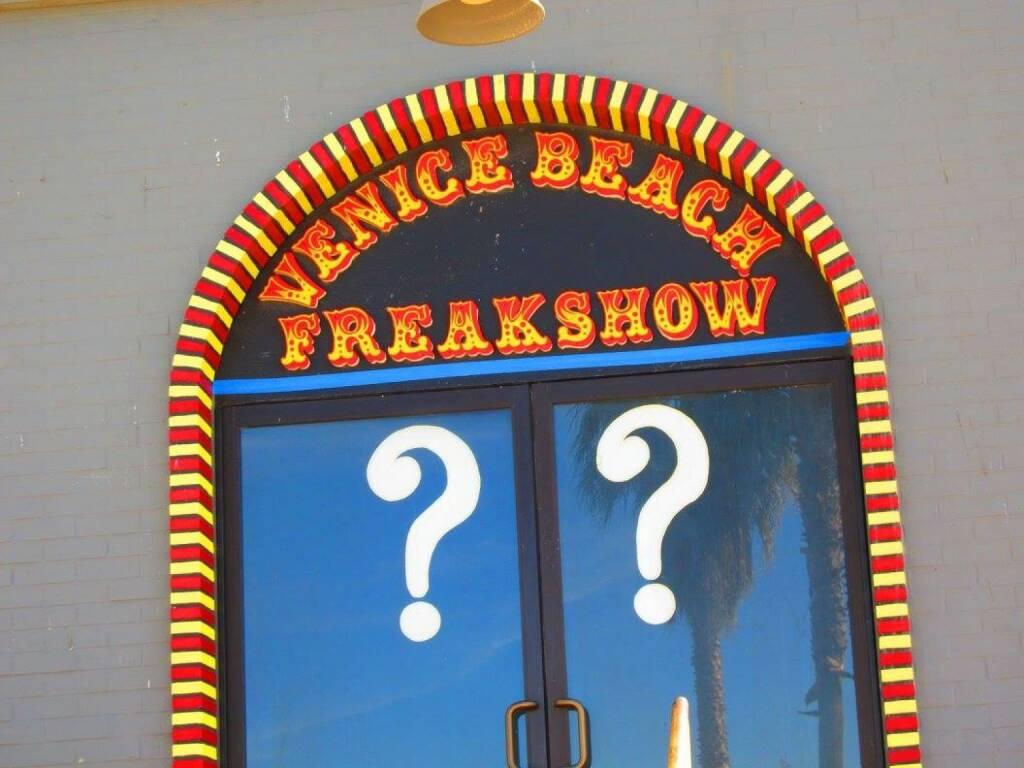 Freakshow Fragezeichen, © Birgit Schmölzer (31.03.2015)