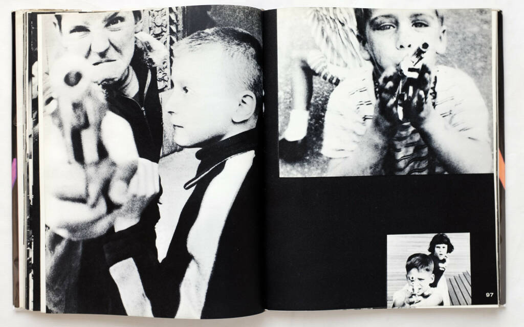 William Klein - Life Is Good and Good For You In New York: Trance Witness Revels (1956), 600-1500 Euro - http://josefchladek.com/book/william_klein_-_life_is_good_and_good_for_you_in_new_york_trance_witness_revels (05.04.2015)